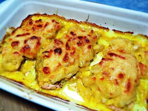 Куриные отбивные с ананасом и сыром